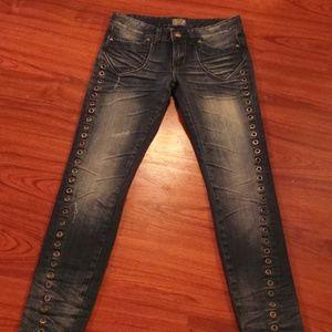 Jeans ReRock Express w/Grommets size 8